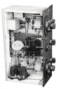 Onderzijde van de Mego Type D4 Model 1928